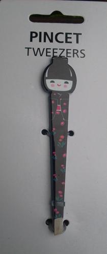 Doll black tweezer.