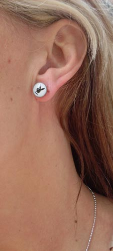 Playboy earplug fake piercing Vit