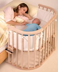 Babyseng som festes til seng