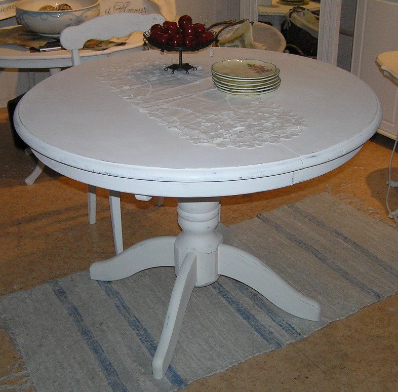 Lantliga Koksbord : lantligt koksbord  Himlarum Pelarbord matbord med iloggsskiva