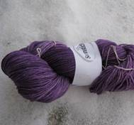 Hand dyed Merinosilk puplewhite