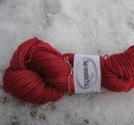 Hand dyed Babyalpaca silk red