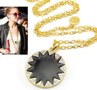 Fashion vintage necklace Nicole Richie style.