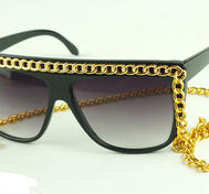 "Sunglasses with chain""Rihanna"""