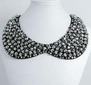 Skull rhinestone Collar/necklace.