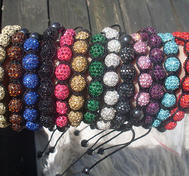 Shamballa armband. (swarovski stenar).Rd.