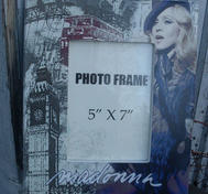 Madonna fotoram.