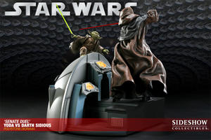 Senate Duel: Yoda vs. Darth Sidious Diorama