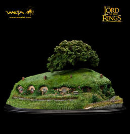Bag's End Polystone Diorama - Collector's Edition
