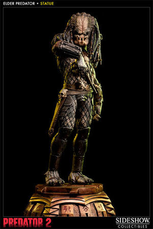 Elder Predator 2 Statue