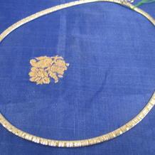 Halsband i äkta silver samt rodinerat med vitguld.