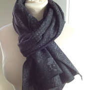 Scarf gray/black wool