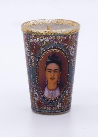 Motif candle