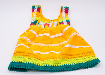 Children dress Mexico