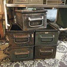 Old metal box 1