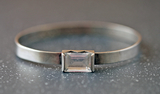 Silver bangle, ke Lindstrm