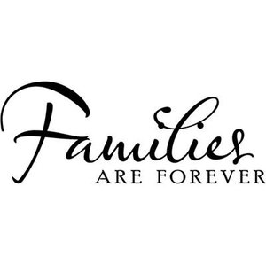 Vggdekoration / Families are forever.