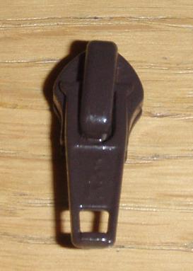 5CN Löpare Mörkbrun