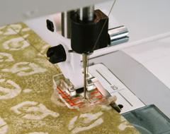 Transparent 1/4 inch piecing-fot med linjal