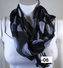 "Krinklad chiffonscarves ""Big Dots"""