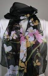 Tunn blommig scarf