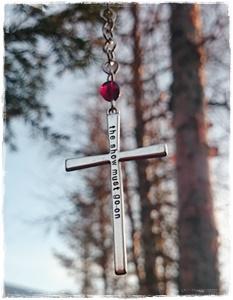 Långt kors halsband