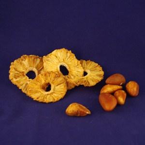 Nötter och torkad frukt