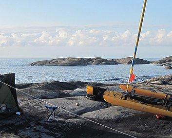Sail yaks -- kajak-trimaran Tre i ett - kajak, trampkajak och trimaran