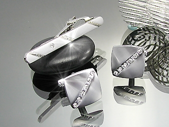 Tie-pin and Cufflinks. Brilliant
