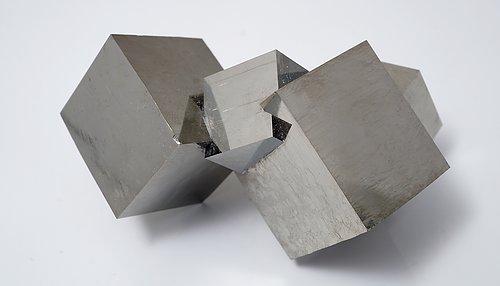 Om mineral & kristaller  Hur bildas de?