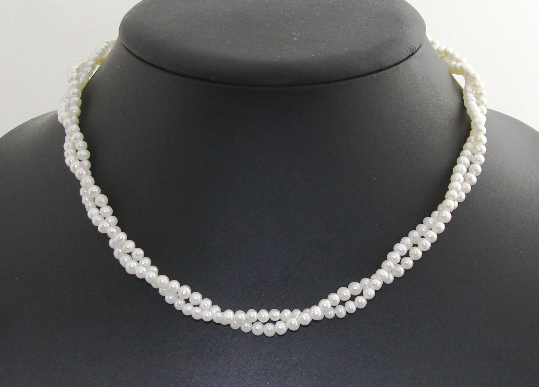 8168009243f32 3-4mm Double strands freshwater cultured pearl necklace in silver clasp