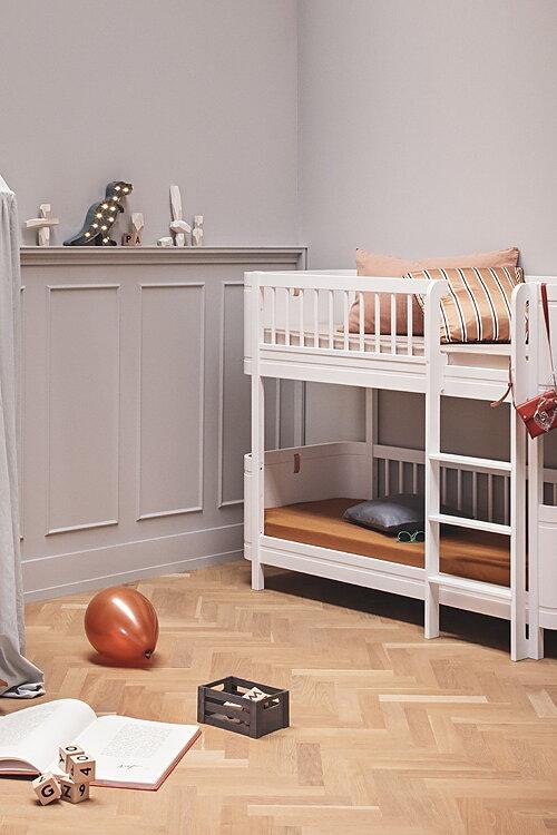BARNMÖBLER Våningssängar för barn