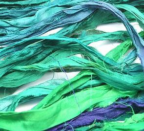 Sidenband i en grön färg, 2 meter