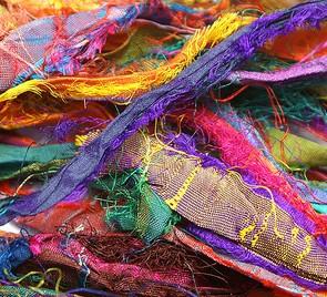 Sidenband i blandad färg, 2 meter