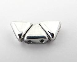 Khéops® par Puca® i silver, triangelformad två-hålig pärla, 6 mm. 10 gram
