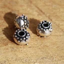 Pärlor i kvalitetsmetall, 7*7,7 mm. 5-pack.