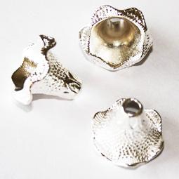 Silverfärgad pärlhatt,  20*18 mm. 2-pack.