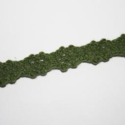 Olivgrön spets, 12 mm. Per meter.