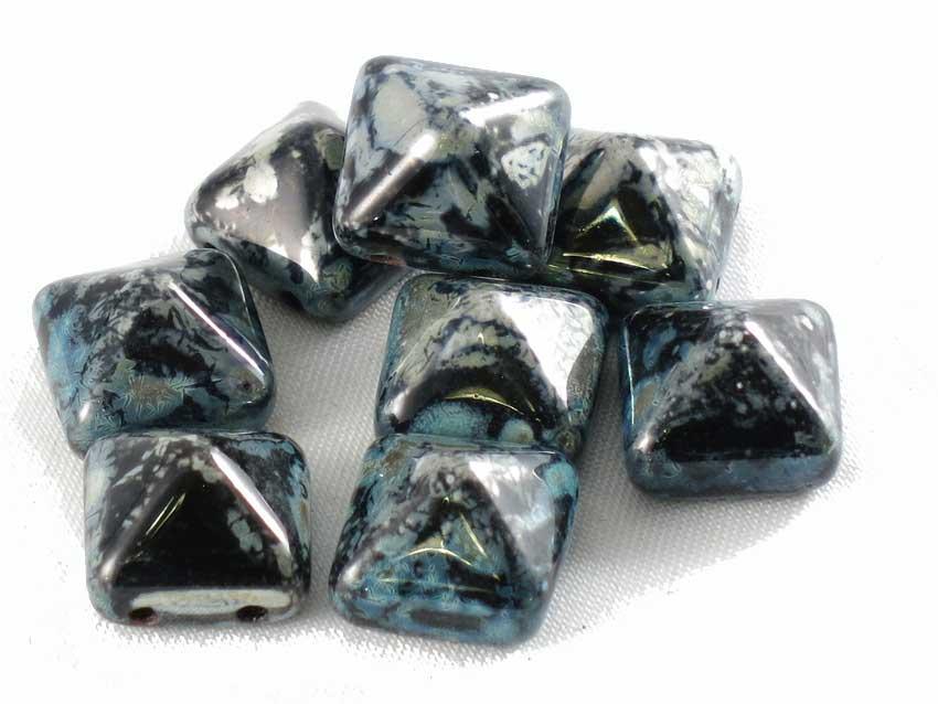 Bead studs, 12*12 mm (Pyramidpärlor)