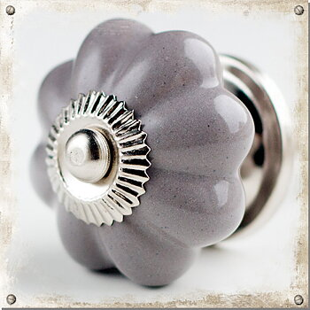 Monochromatic porcelain knob, grey
