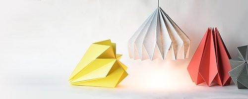 GRÖN INREDNING: Handvikta origamilampor!