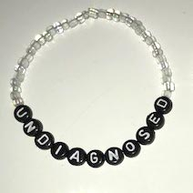 UNDIAGNOSED Bracelets white-black