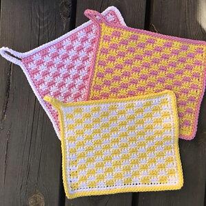 Retrorutan  Köp minst 3 nystan av Soft Cotton så skickar vi med mönster till Grytlappen Retrorutan.