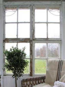 Patinerad järnfris fönsterdekoration smide Jeanne darc Living