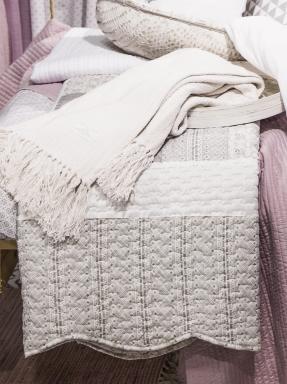 Kuddfodral quilt linne-beige vit shabby chic lantlig stil