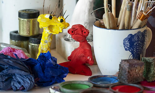 Create like an artist Find materials and inspiration to create like the artist at Moderna Museet from home!