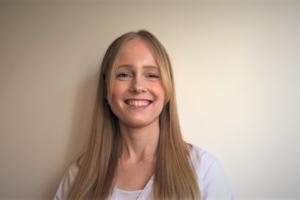 Vår terapeut Malin berättar mer om peeling och exfoliering