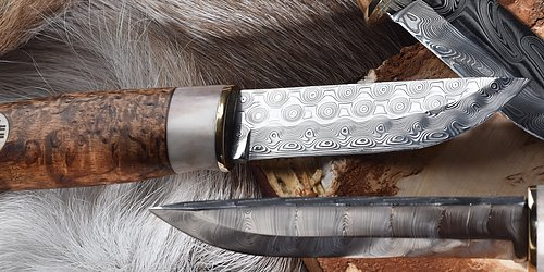 Damascus knives