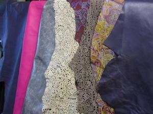 Nya mönstrade och präglade skinn i lager