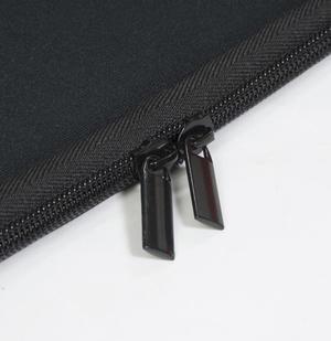 Black Hill Neoprenefodral till Laptop Svart, Medium